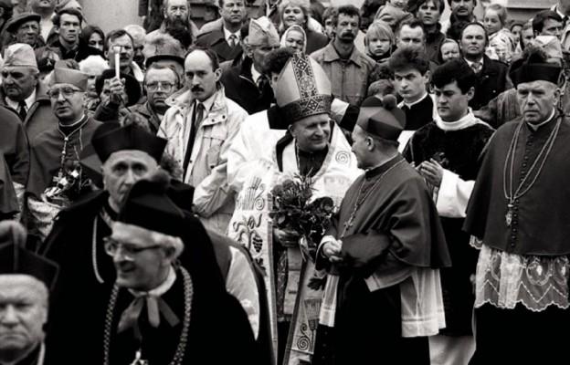 Na kartach diecezji (2)