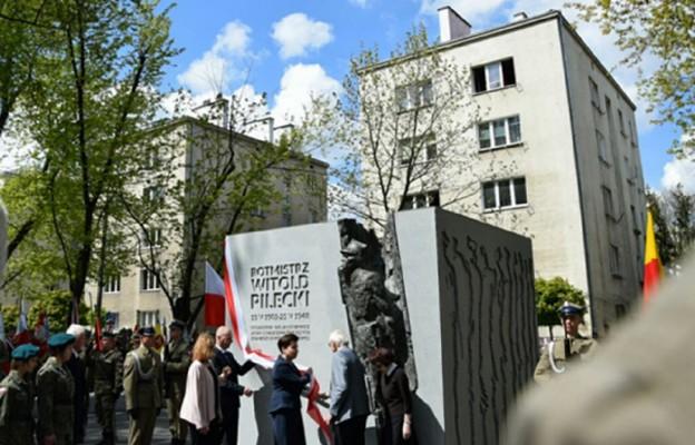 Odsłonięcie pomnika rtm Witolda Pileckiego w Warszawie