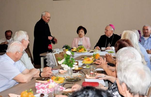 Biskup Legnicki spotkał się z Sybirakami