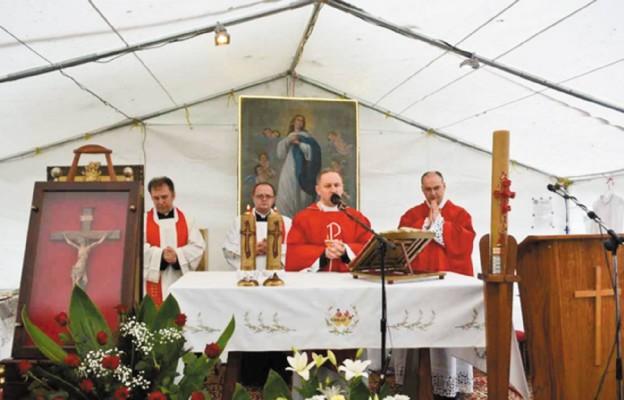 Namiot spotkania w Buśnie