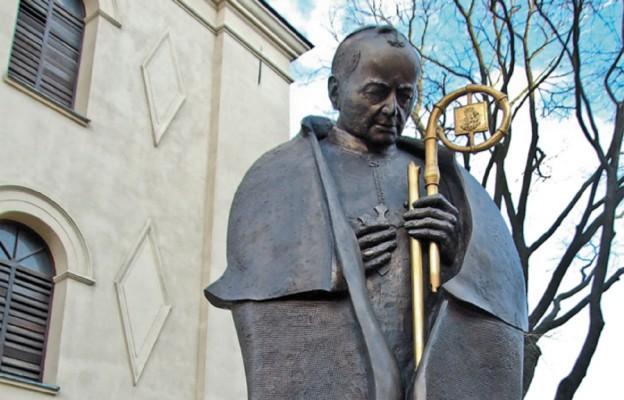 Powstaje film o biskupie Czesławie Kaczmarku