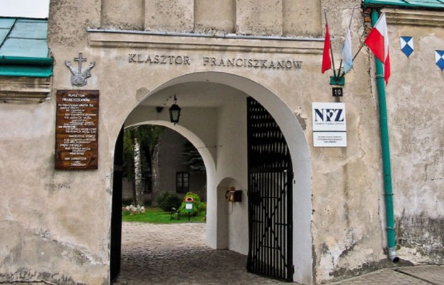 Pobiegną, by pomóc w remoncie San Damiano