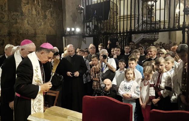 Poświęcenie obrazu dla parafii w Czerwonogradzie