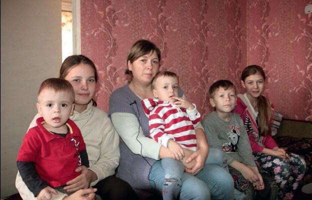 Mieszkańcy Ukrainy są zmęczeni wojną. Coraz częściej wyjeżdżają z niebezpiecznych terenów