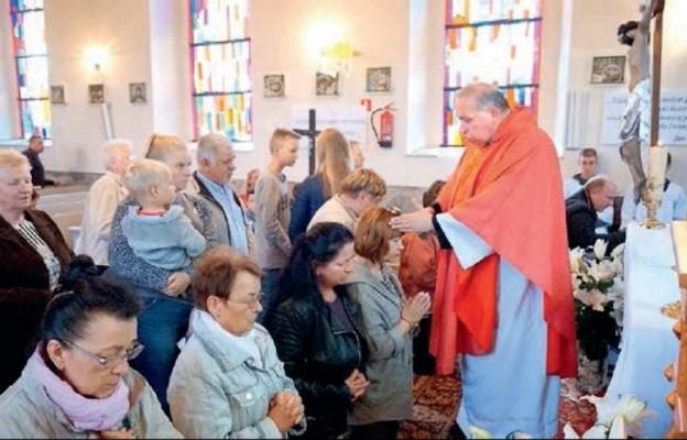Parafia pw. św. Sylwestra w Strzelewie