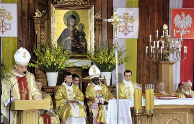 Rychwałd bliżej Watykanu