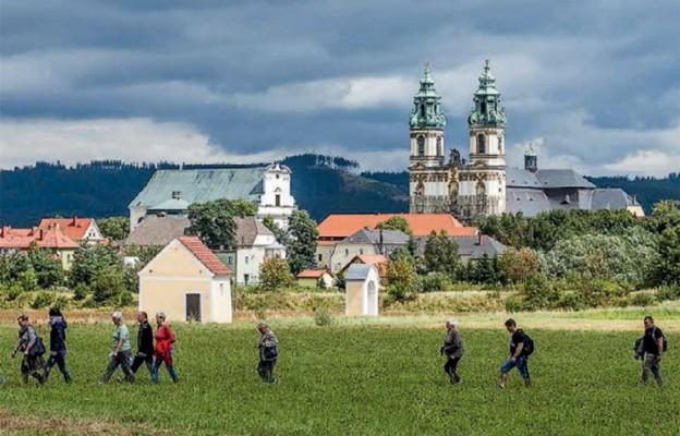 Modlitewna wędrówka po Kalwarii Krzeszowskiej