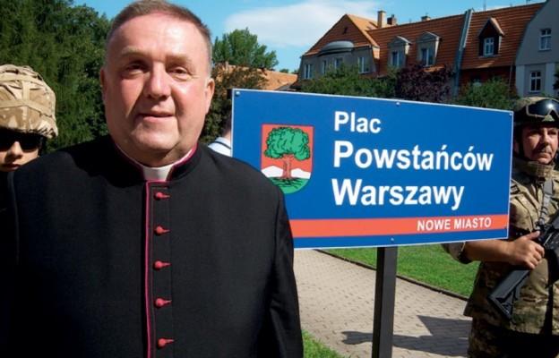 Uroczystość nadania placu w Wałbrzychu nazwy Powstańców Warszawy