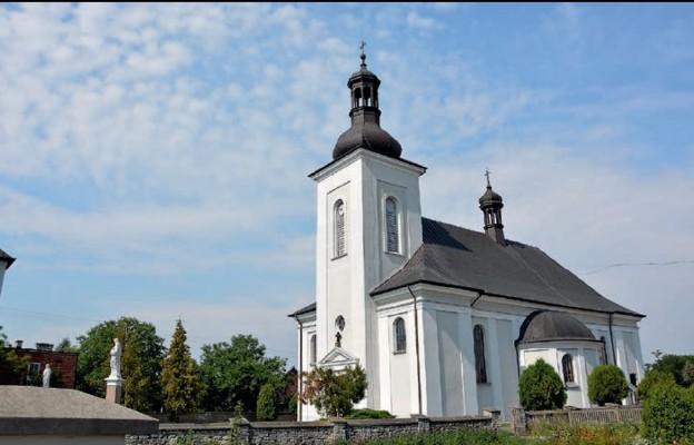 Kościół z pałacu i historia łagiewnickiego tryptyku w tle