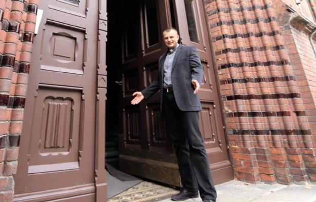 Nowy rektor ks. Kacper Radzki zaprasza do seminarium