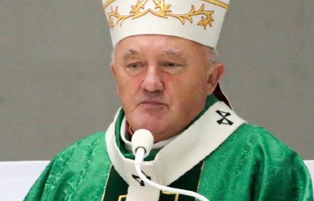 Warszawa: kard. Nycz odprawił w Świątyni Opatrzności Bożej Mszę za wspierających Fundację Dzieło Nowego Tysiąclecia