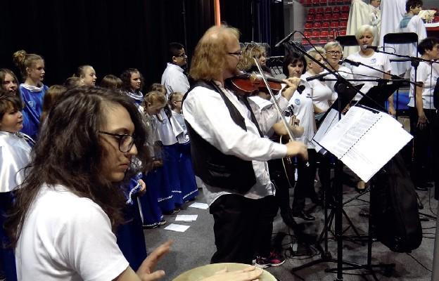 Oprawa muzyczna Mszy św. na rozpoczęcie Przeglądu