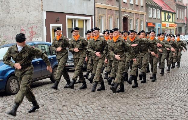 Rozpoczęli przygodę z mundurem