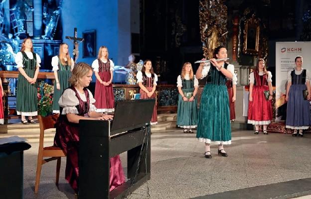 Chórzystki z Węgier wystąpiły w Bolesławcu
