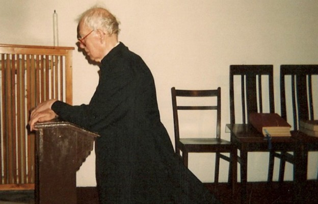 """Modlącego się """"Wujka"""" niemal o każdej porze można było spotkać na klęczniku w kościele Świętych Piotra i Pawła"""