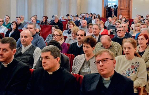 Pierwsi wykładowcy i uczestnicy Szkoły Liturgicznej