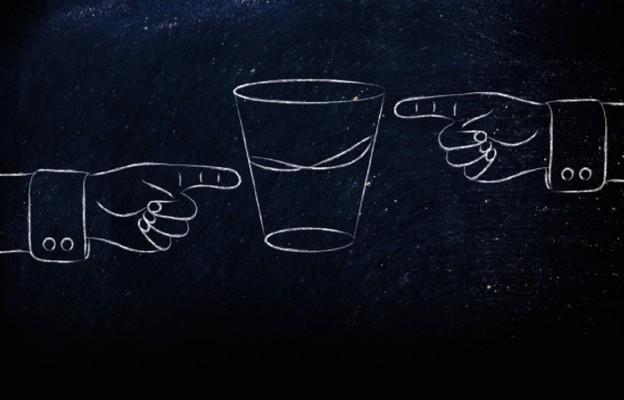 Pół szklanki (bez) wody