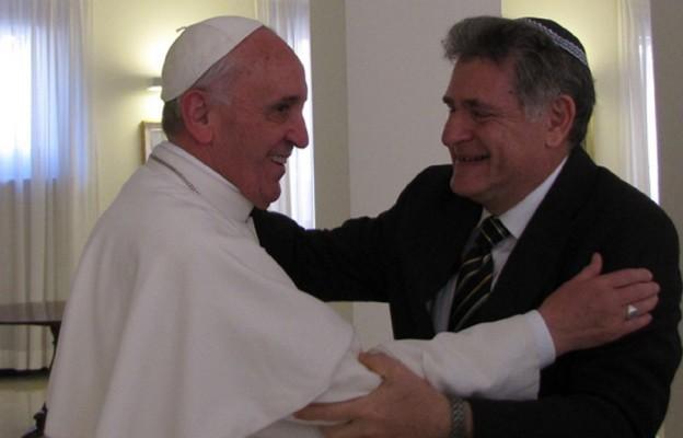 Rabinowi Abrahamowi Skórce gratulował jego przyjaciel papież Franciszek.