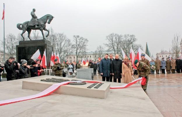 Podczas odsłonięcia pomnika Nieznanego Żołnierza