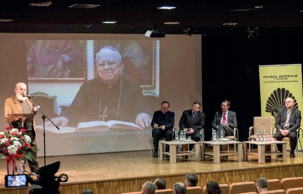 Sesja naukowa w Muzeum Narodowym Ziemi Przemyskiej poświęcona abp. Ignacemu Tokarczukowi