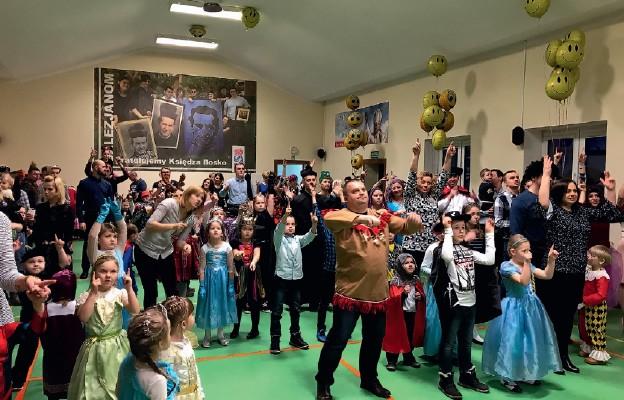 Dzieci i rodzice bawili się wyśmienicie na balu w Oratorium w Sokołowie Podlaskim