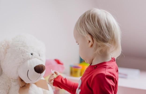 Ordo Iuris: usprawnienie procedur adopcyjnych konieczne dla dobra dzieci