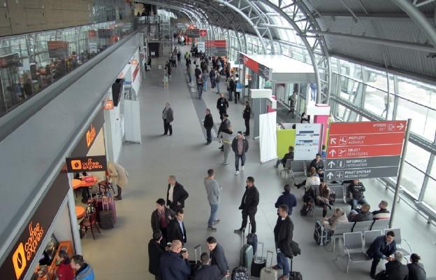 Bitwa o lotnisko: Modlin czy Radom?