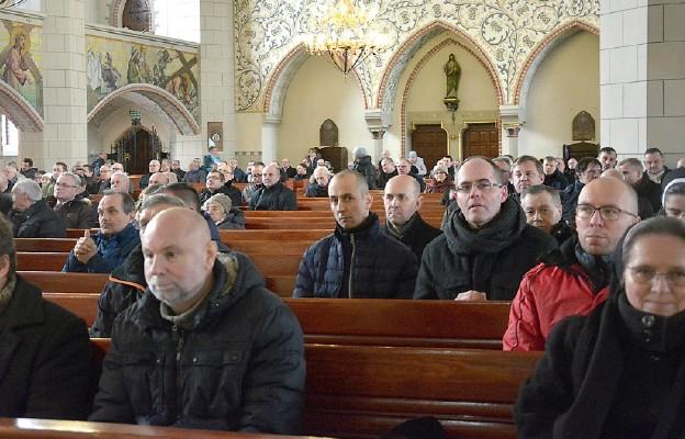 W spotkaniu uczestniczyło ponad 160 szafarzy Najświętszego Sakramentu z terenu diecezji legnickiej