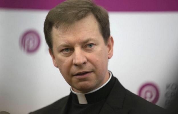 Rzecznik Episkopatu: w kościołach nie ma miejsca na kampanię wyborczą