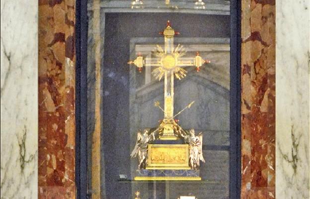 Relikwie męki Pańskiej, bazylika Świętego Krzyża z Jerozolimy w Rzymie