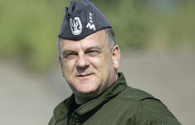 Gen. pil. Andrzej Błasik 10 kwietnia 2010 r. leciał do Katynia po raz pierwszy. To była dla niego bardzo ważna podróż w przeszłość
