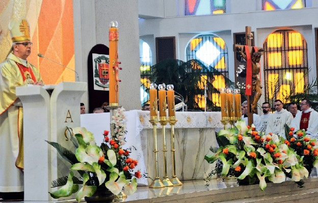 Wiara w Zmartwychwstałego Pana jest drogą do miłosierdzia