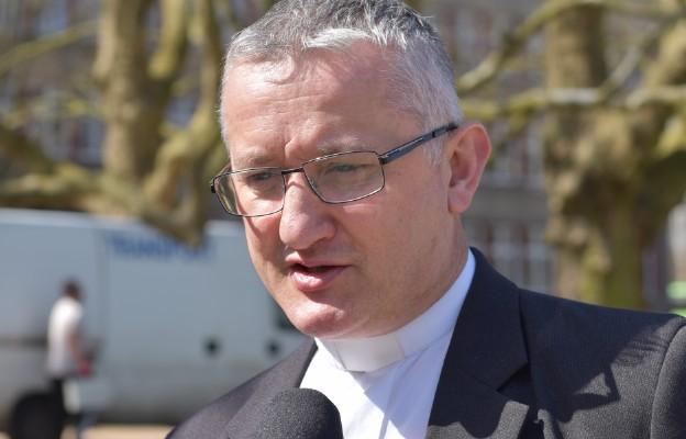 Ks. Tomasz Kancelarczyk zachęca do honorowego krwiodawstwa w czasie pandemii