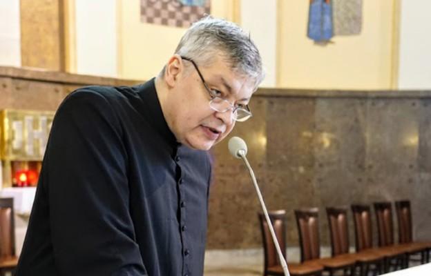 Zdobywcy książek i płyt z autografem ks. Piotra Pawlukiewicza