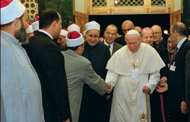 Podczas spotkania Jana Pawła II z muzułmanami w Kairze. Egipt, 24 lutego 2000 r.