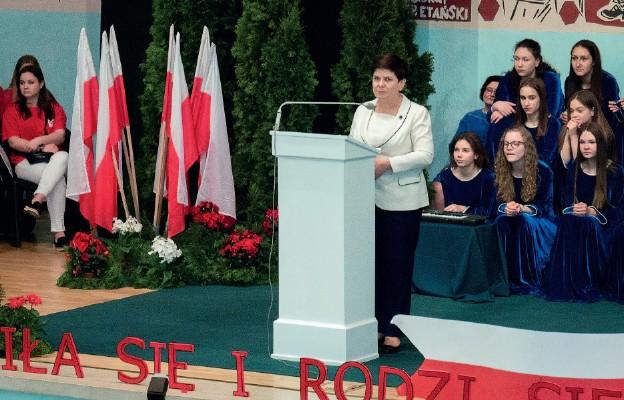 Tak rodziła i rodzi się Polska