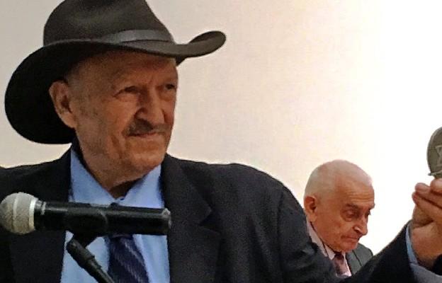 Andrzej Pityński z Medalem 75-lecia Misji Jana Karskiego