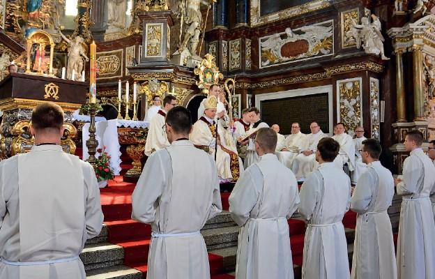 Bp Bałabuch udzielił święceń diakonatu