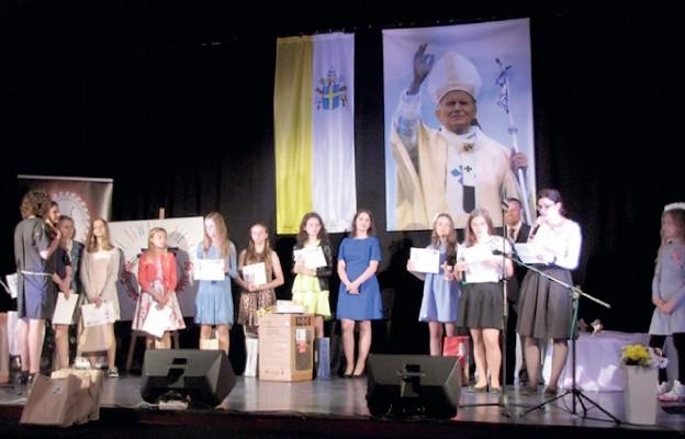 Papieskie Totus Tuus w Baniach