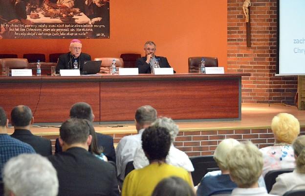 Konferencja naukowa o moralnych zasadach przekazywania życia