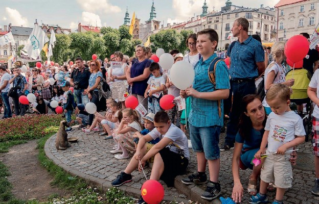 Polska rodziną silna