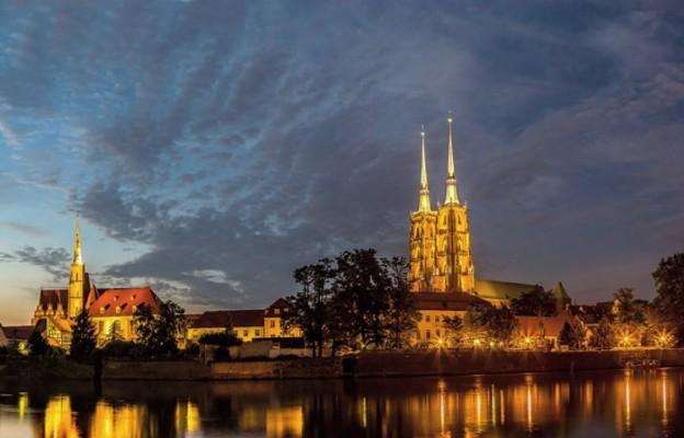 Z Wrocławia do nieba czyli święci stąd