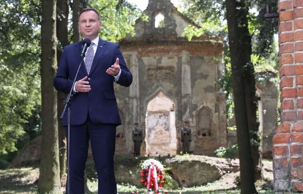 Cmentarz rzymskokatolicki w Ołyce - miejsce bezimiennego pochówku w zbiorowej mogile zamordowanych Polaków