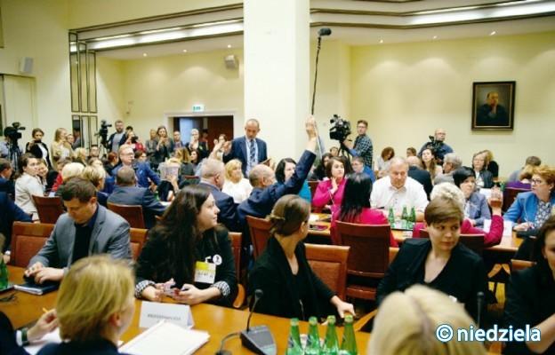 Komisja ds. zatrzymywania #zatrzymajaborcję