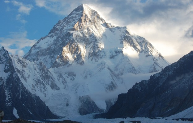 Grupa Nepalczyków zdobyła szczyt K2