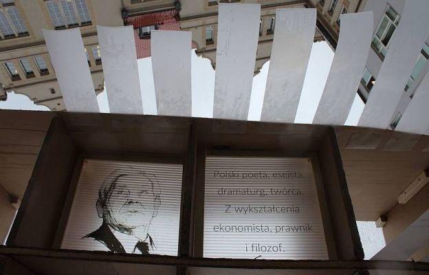Papierowy Pawilon dla Zbigniewa Herberta