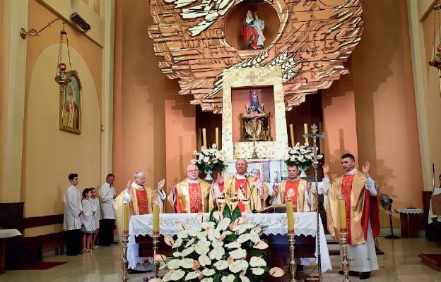IX Pielgrzymka Małżeństw i Rodzin do prostyńskiego sanktuarium św. Anny