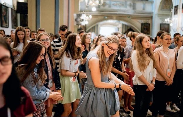 Młodzi otwarci na Boże tchnienie
