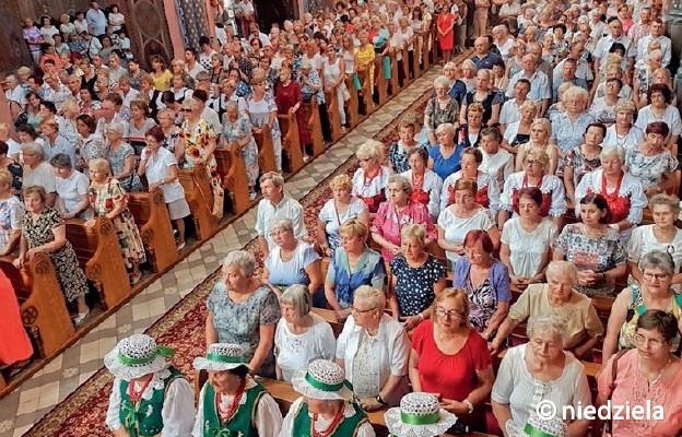 W Kościele kobiet