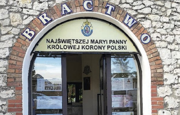 Bractwo Najświętszej Maryi Panny Królowej korony Polski